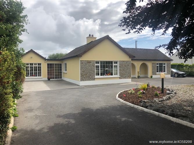 Main image for Glenascaul, Oranmore, Galway
