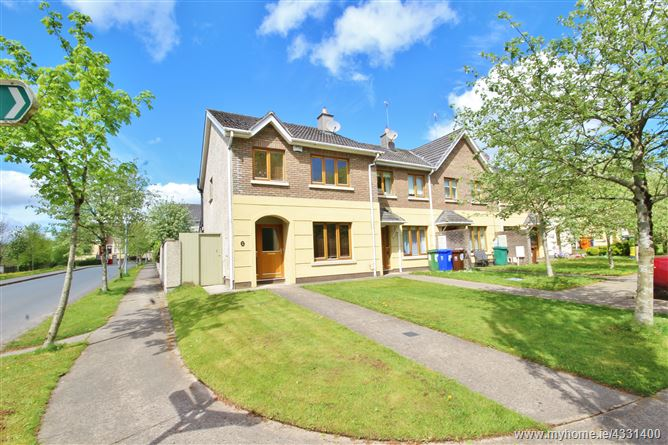 10 Woodleigh Avenue, Blessington, Wicklow