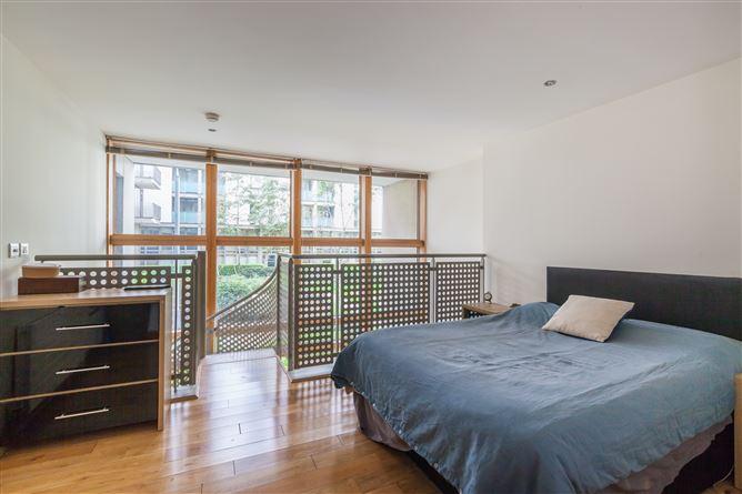 Main image for Apartment 56, Kirkpatrick House, Spencer Dock, IFSC, Dublin 1