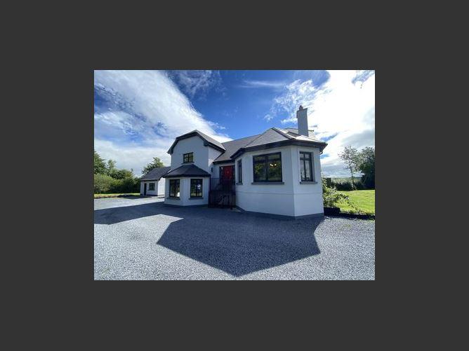 Main image for Castlefield, Dungarvan, Kilkenny, Kilkenny