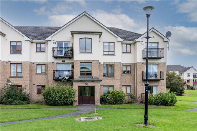 Main image for 9 The Green, Larch Hill, Santry, Dublin 9