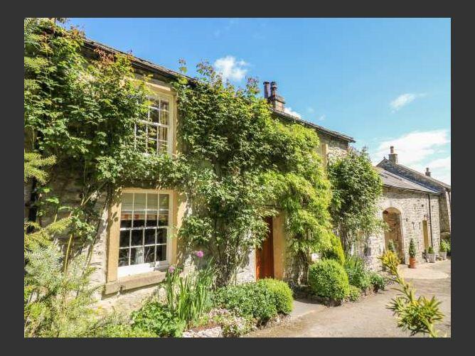 Main image for Carrholme Cottage, SETTLE, United Kingdom