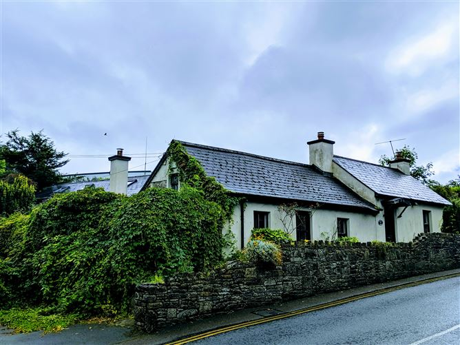 Knockbrack Lodge, Convent Hill, Roscrea, Tipperary
