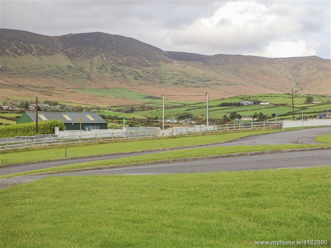 Main image for Number 8,Number 8, Number 8, Lispole Holilday Home, Lispole, Dingle, County Kerry, Ireland