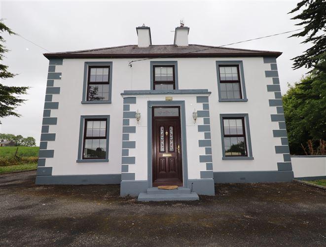 Main image for Hillside House, Castlebin, New Inn, Ballinasloe, Galway