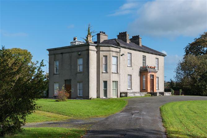 Main image for 'Drayton Villa', Parochial House, Kilcoursey, Clara, Offaly