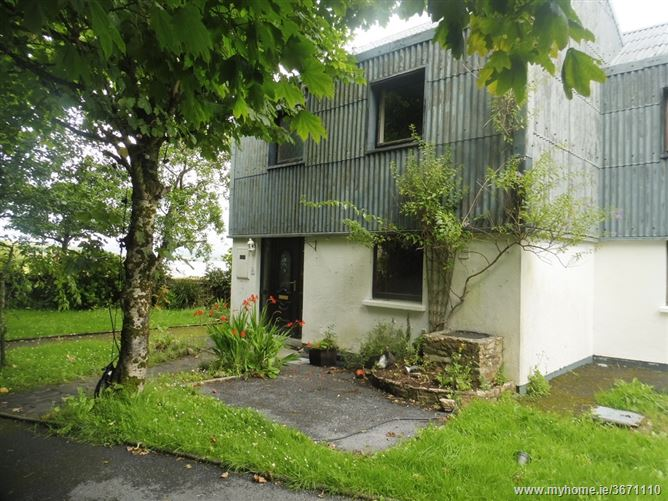 10 Michael Killeen Park, Roundstone, Galway