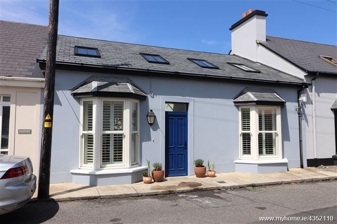 Main image for Geraldine Place , Kilkee, Clare