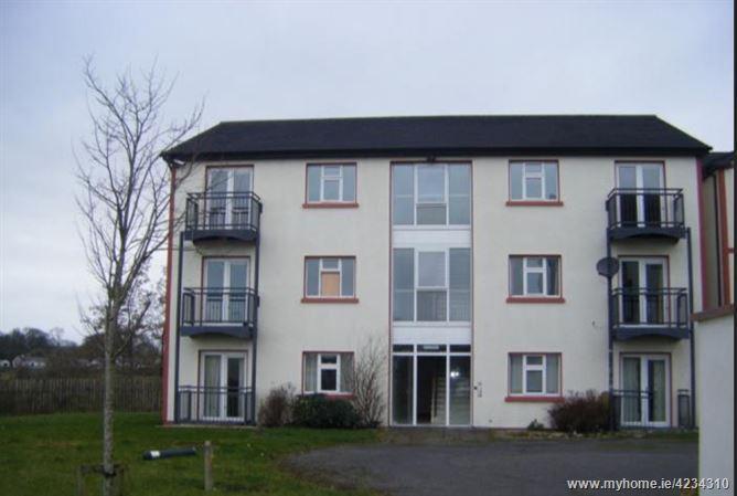 14 Riverside, Castlerea, Roscommon