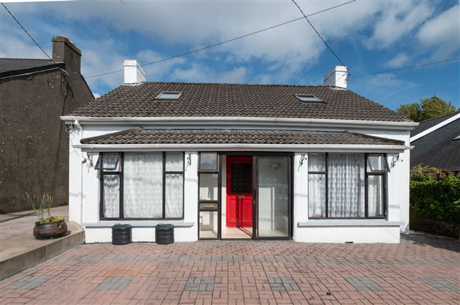 """Main image for """"Courtray"""" No 18 Hartlands Road, The Lough,   Cork City"""