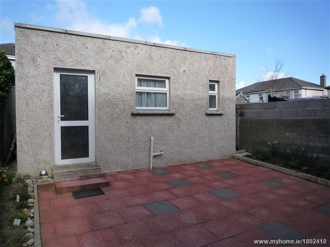 Studio to the rear of 8 Heather Grove, Palmerstown, Dublin 20