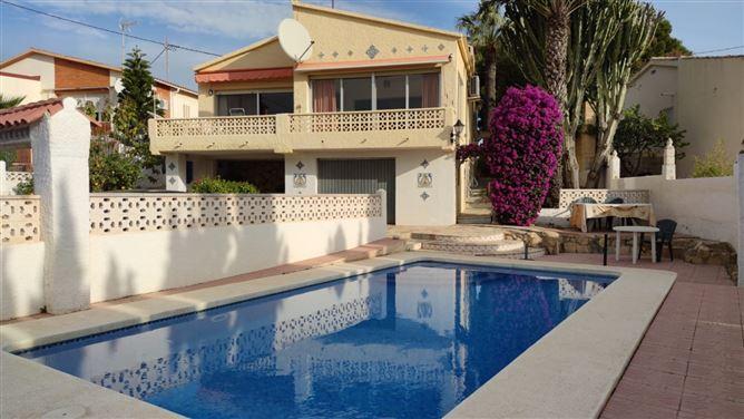 Main image for Av Acacias 6 03530, Alicante, Spain