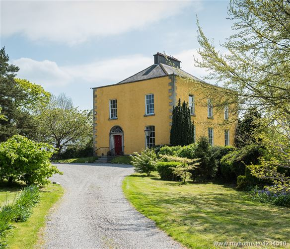 Griesemount House on c. 3.5 Acres