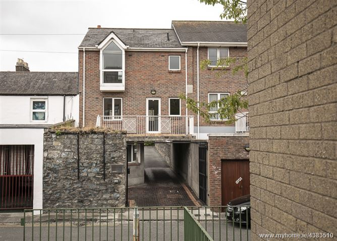 7 Verschoyle Mews, Stephen's Lane, South City Centre, Dublin 2