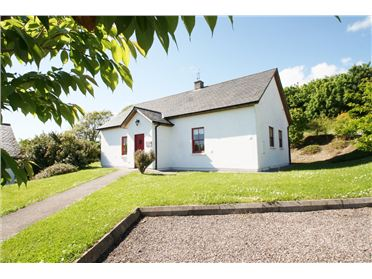 Main image of Holly's Cottage, Barnabrow Holiday Village, Cloyne, Cork