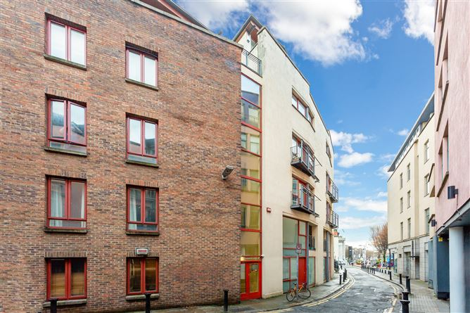Main image for 12 Blind Quay Apartments, Exchange Street Lower, South City Centre, Dublin 8