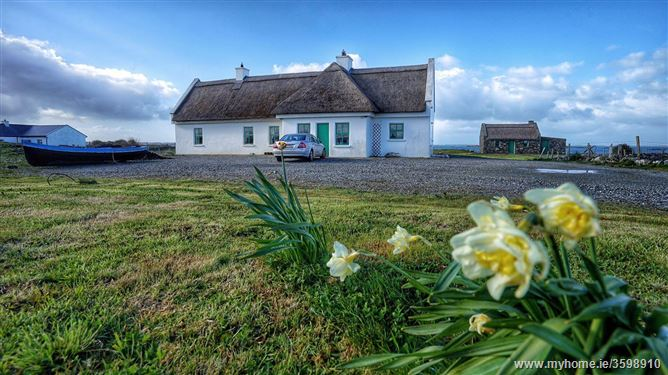 Main image for Luxurious Beach Cottage,Ballyconneely, Connemara, County Galway, Ireland
