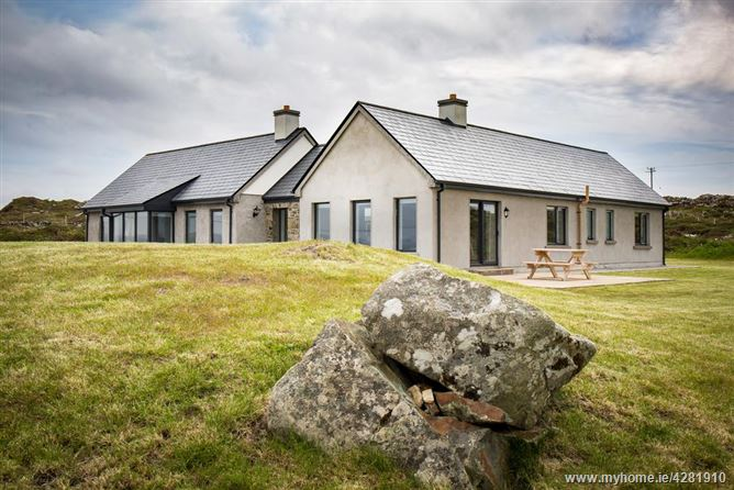 Mannin Bay View Lodge,Ballyconneely, Connemara, County Galway, Ireland
