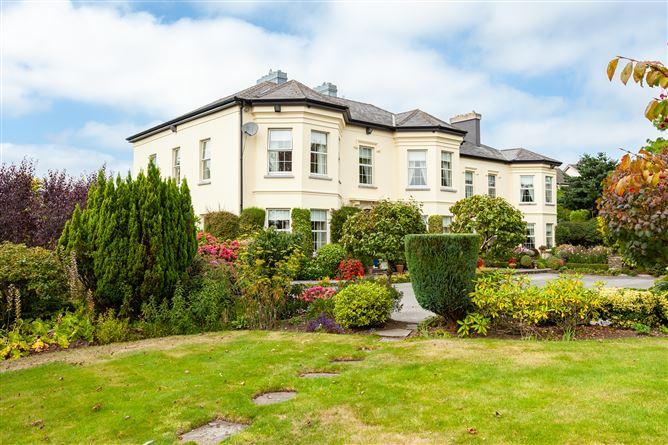 Main image for Hyde Park House, Middle Glanmire Road, Montenotte, Cork City, Cork