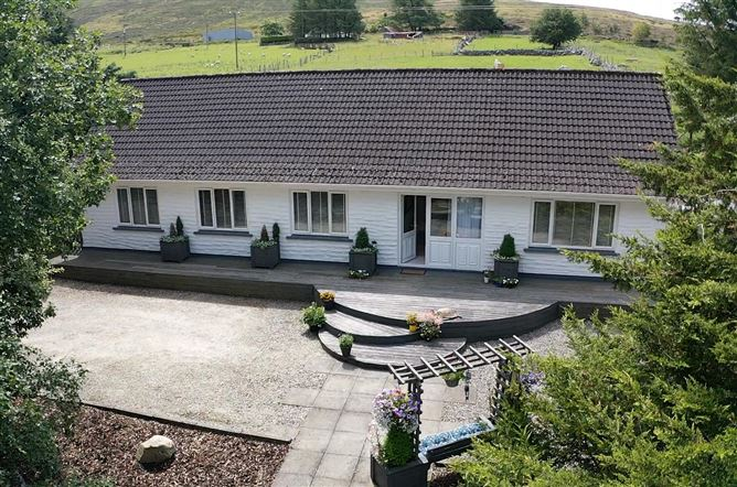 Main image for Beautiful Dormer Residence on circa 0.6 acre /0.24 ha, Blessington, Wicklow