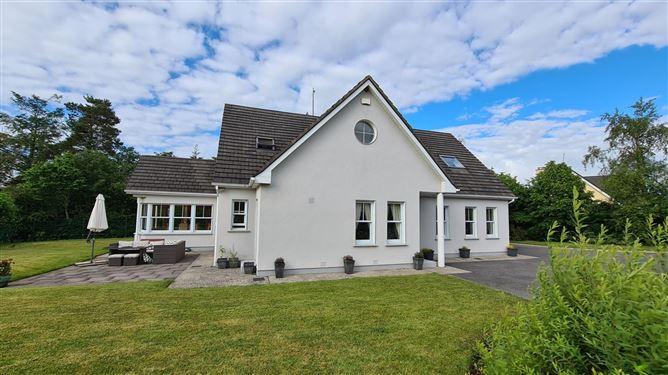 Main image for 5 Oak Park, Narraghmore, Kildare, R14CR92