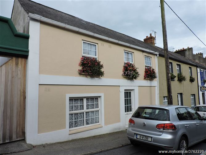9 Main Street, Tramore, Waterford