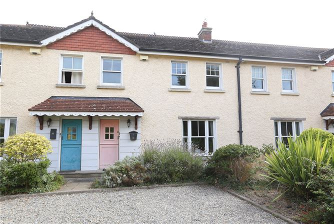 Main image for 8 The Courtyard,Eastham Road,Bettystown,Co Meath,A92 HY18