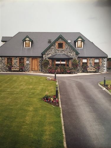 Main image for Country Bliss, 5 mins drive Swords, Dublin