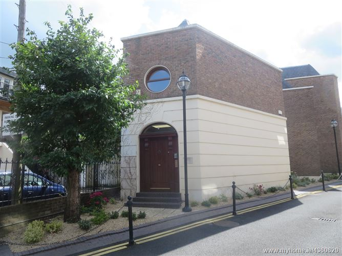 Main image for 6 Windsor Place, South City Centre, Dublin 2