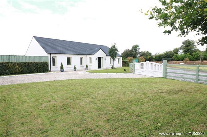 """Main image for """"Lis Na Dara"""" Ballyfair, Cutbush, Curragh, Kildare, R56F982"""
