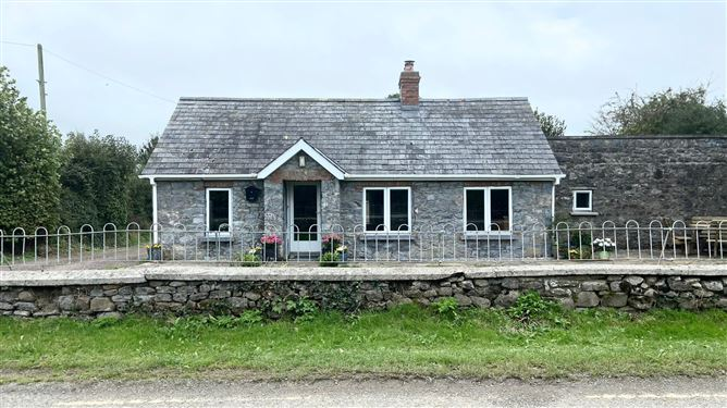 Main image for Stone Cottage, Goodwinsgardens, Kells, Kilkenny