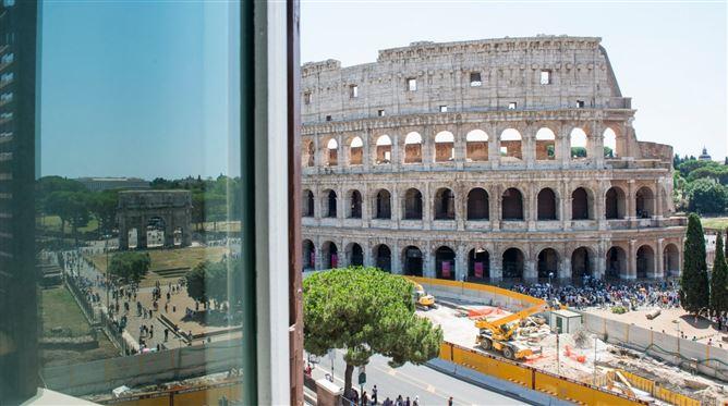 Main image for L'Anfiteatro,Rome,Lazio,Italy