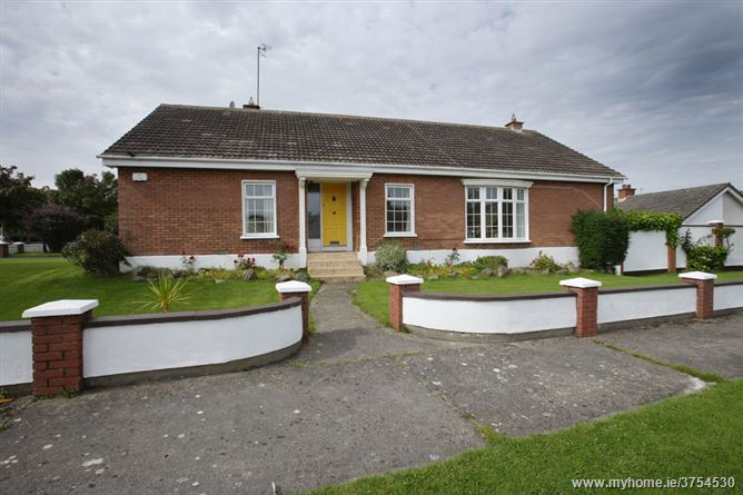 39 Woodcliff Heights , Howth, Dublin