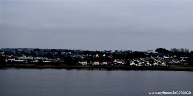 Main image for Luxury Galway City Apartment,Lough Atalia, Galway City,  Galway