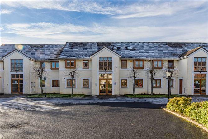 Main image for 14 Ashleigh Court, Castleknock, Dublin 15