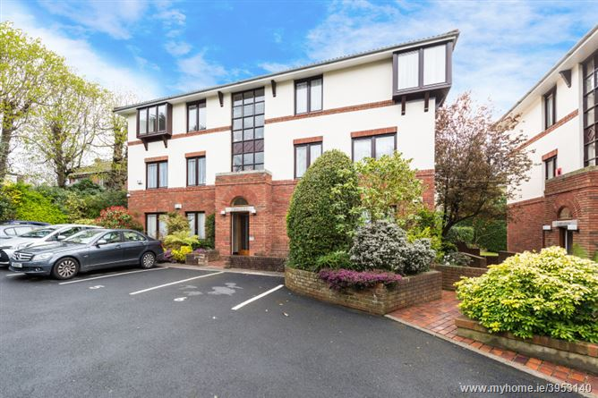 Photo of 5 Carraiglea, Queens Park, Monkstown, County Dublin