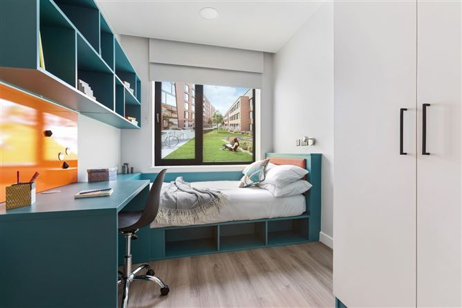 Main image for Top Floor, Highfield House, Marne Villas, Smithfield, Dublin 7