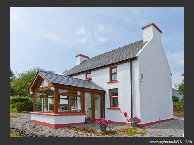 Sugarloaf Cottage Pet,Sugarloaf Cottage, Glengarriff, County Cork, Ireland