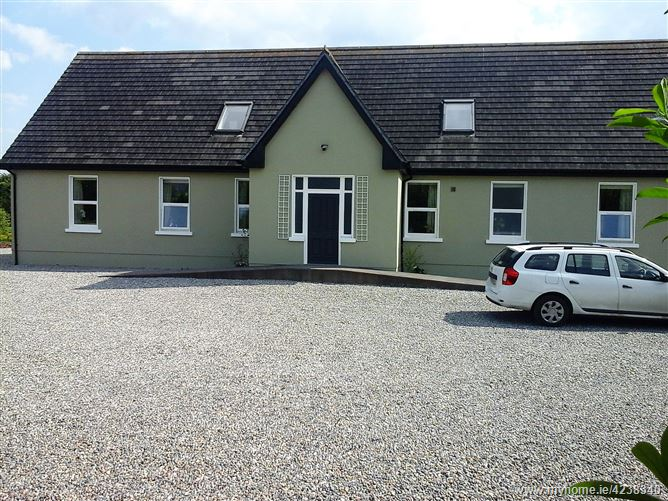Substantial six reception roomed house, Carrick-on-Shannon, Leitrim