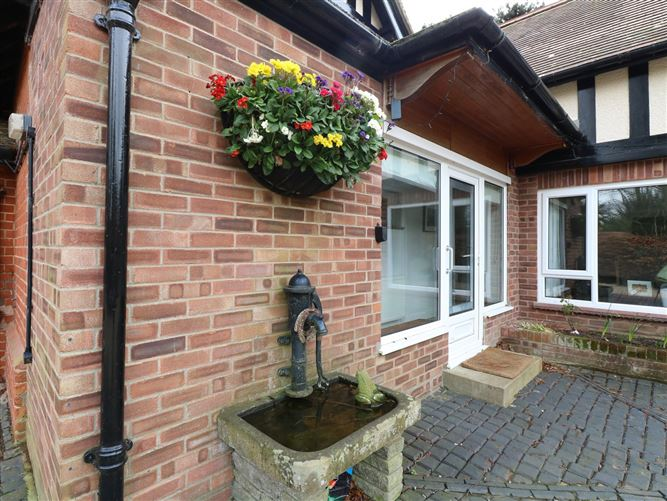 Main image for The Lodge,Wroxham, Norfolk, United Kingdom