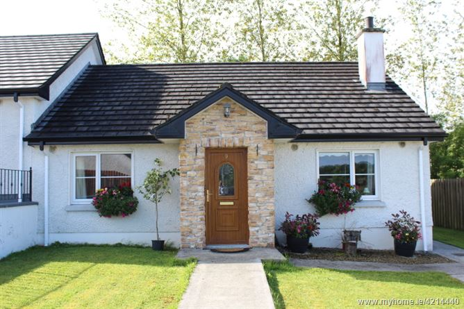 No.9 St. Patricks Court, Ballinamuck, Longford