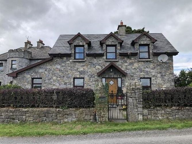 Main image for Castle House And Shamrock Lodge, Ardmayle, Cashel, Co. Tipperary