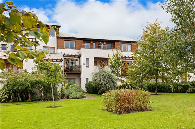 Main image for 45 Brennanstown Square, Cabinteely, Dublin 18, D18 TW58