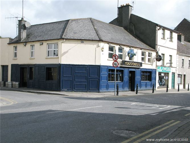 Maddens Licenced Premises, Connolly Street, Nenagh, Co. Tipperary, E45VR84