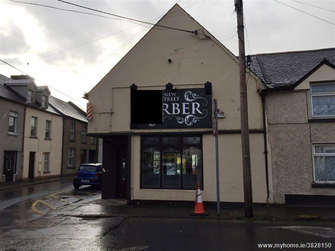New Street, Carrick-on-Suir, Tipperary