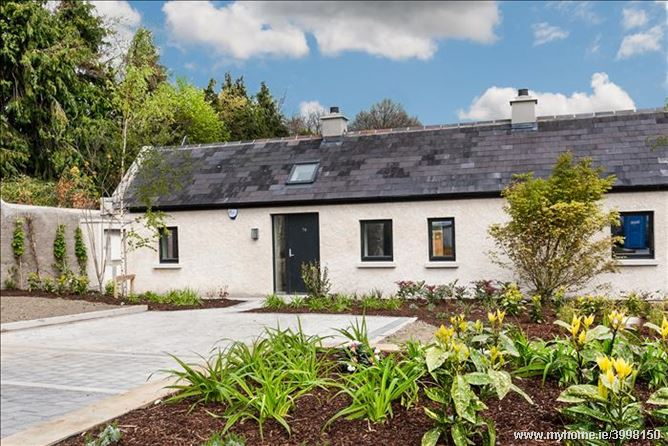 Photo of 74 Diswellstown Manor, Castleknock