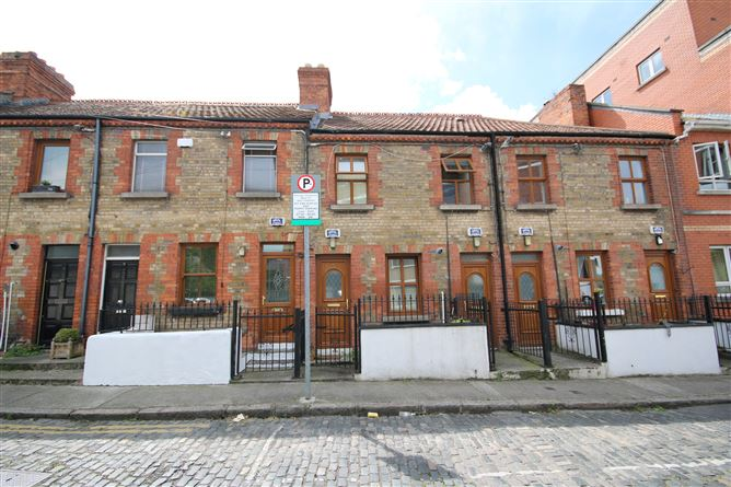 Main image for 13 Clanbrassil Terrace, South City Centre, Dublin 8