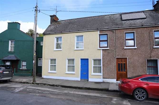 Main image for Deslyn, New Road, Bandon, West Cork