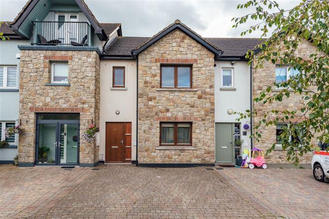 Main image for 194 Roseberry Hill, Newbridge, Kildare