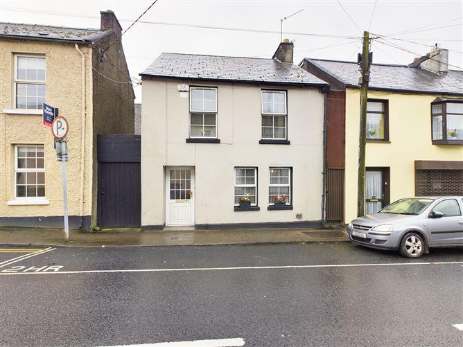Main image for 81 Wolfe Tone Street, City Centre (Limerick), Limerick City